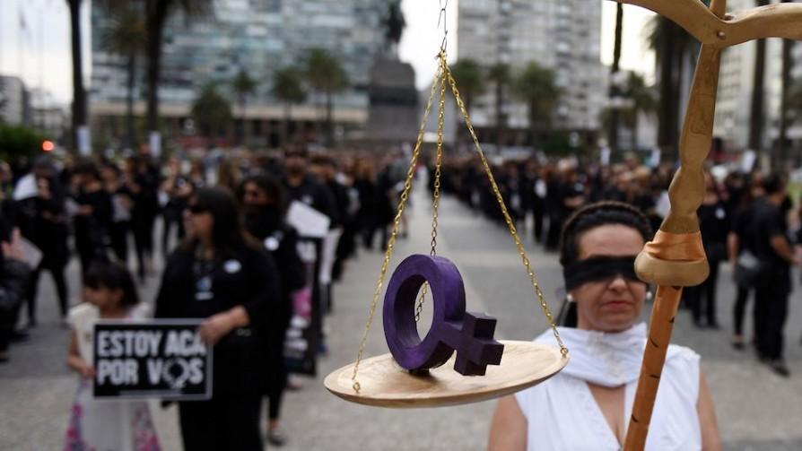 Javier García no explicitó si se disolverán las marchas del 8M - Entrevistas - Doble Click | DelSol 99.5 FM