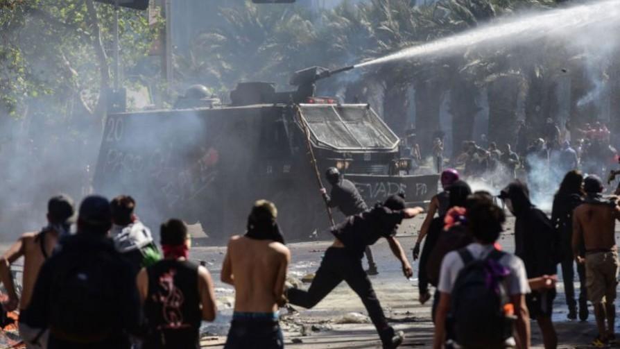 Posibles causas de las protestas en Chile y lo que hubiera hecho Darwin en lugar de Moreira - NTN Concentrado - No Toquen Nada | DelSol 99.5 FM