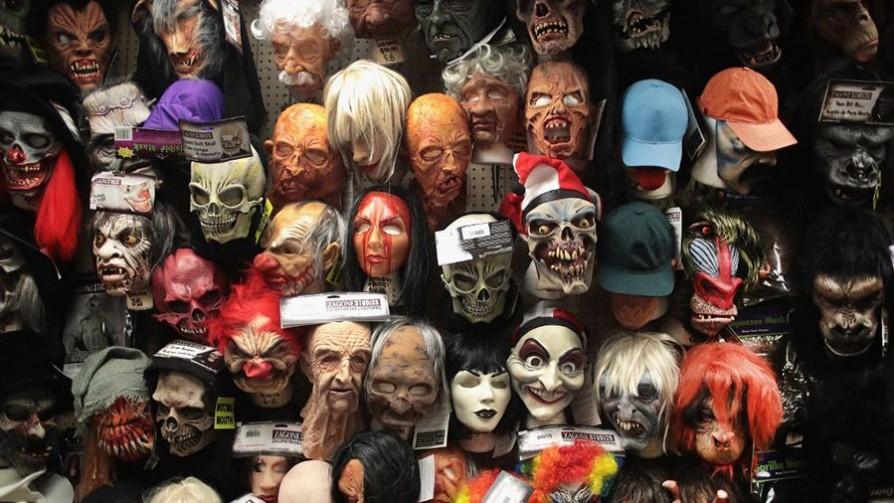 ¿De qué famoso se disfrazarían en una fiesta de Halloween? - Sobremesa - La Mesa de los Galanes | DelSol 99.5 FM