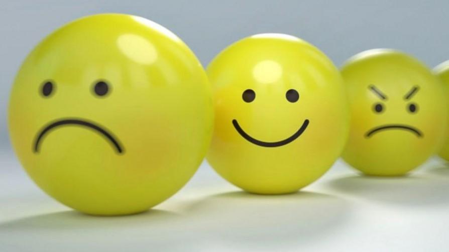 Top 3 de los mejores emojis - Sobremesa - La Mesa de los Galanes | DelSol 99.5 FM