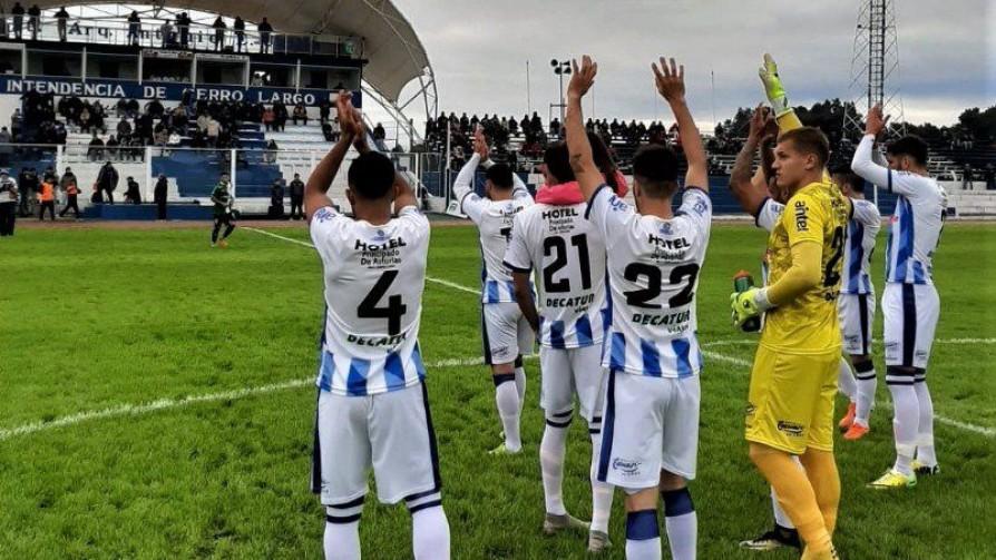 Así nació el vínculo Cerro Largo – Boca Juniors - Informes - 13a0 | DelSol 99.5 FM