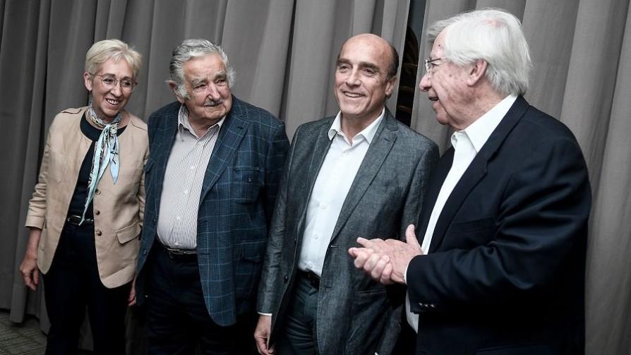El déjà vu de ver a Mujica de saco y tomando las decisiones - Departamento de periodismo electoral - No Toquen Nada | DelSol 99.5 FM