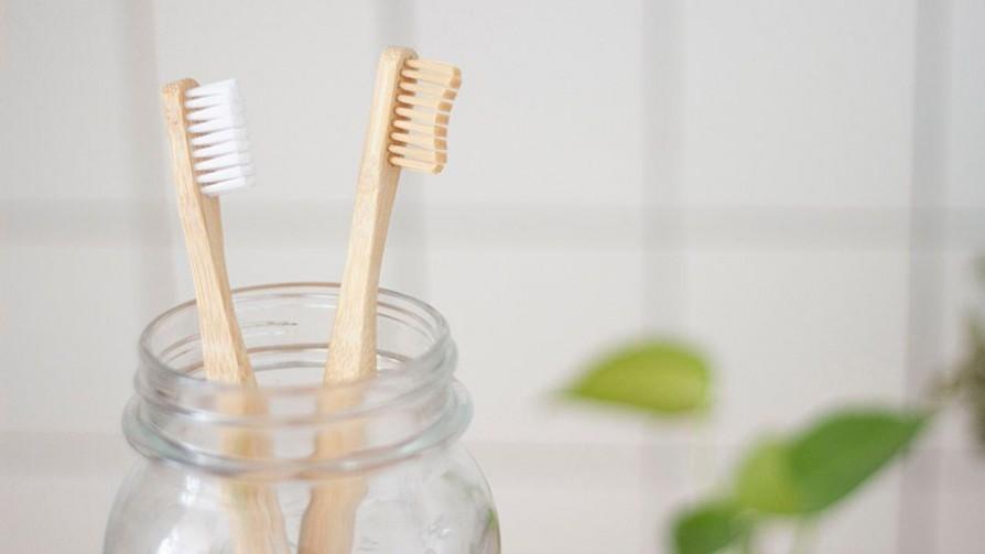 ¿Los dientes se lavan antes o después de desayunar? - Sobremesa - La Mesa de los Galanes | DelSol 99.5 FM