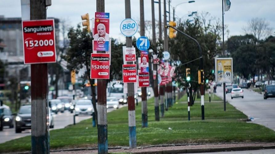 Cartelería política: todos los partidos incumplieron la normativa - Informes - No Toquen Nada | DelSol 99.5 FM