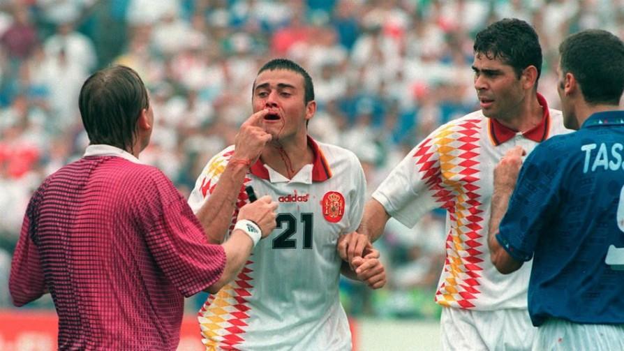 España: Fútbol y Guerra - Informes - 13a0 | DelSol 99.5 FM