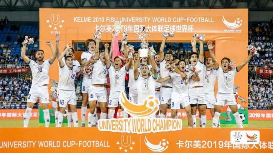Uruguayos, universitarios y campeones del mundo - Informes - 13a0 | DelSol 99.5 FM