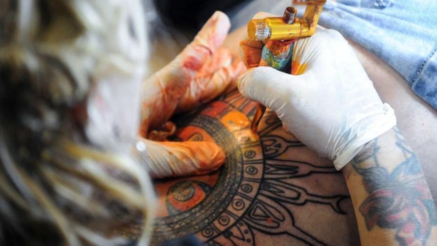 ¿Cuál es el tatuaje que más se hicieron en el mundo? - Sobremesa - La Mesa de los Galanes | DelSol 99.5 FM