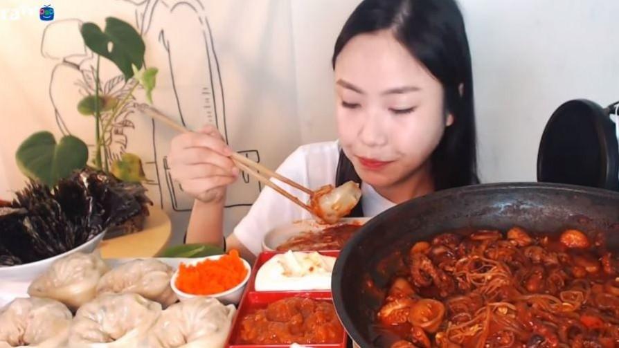 Muckbang: la última perversión gastronómica llegó de Corea - Gustavo Laborde - No Toquen Nada | DelSol 99.5 FM