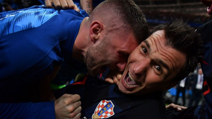 Un fotógrafo de guerra adoptado por Croacia gracias al fútbol - Leo Barizzoni - No Toquen Nada | DelSol 99.5 FM
