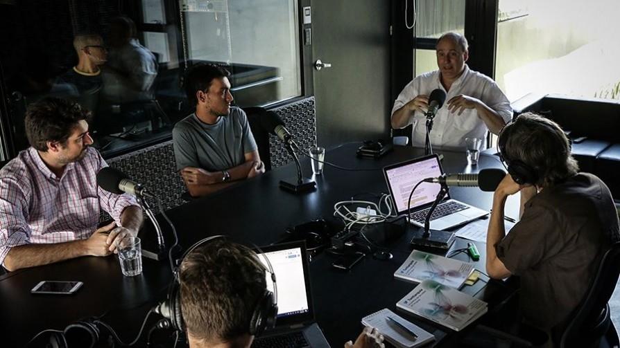 Twittarquía: Twitter en Uruguay como laboratorio de la interacción política en redes - Entrevistas - No Toquen Nada   DelSol 99.5 FM