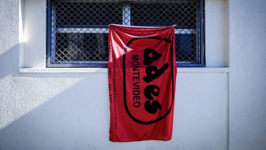 Docentes reclaman reunión al gobierno electo - Entrevistas - Doble Click | DelSol 99.5 FM