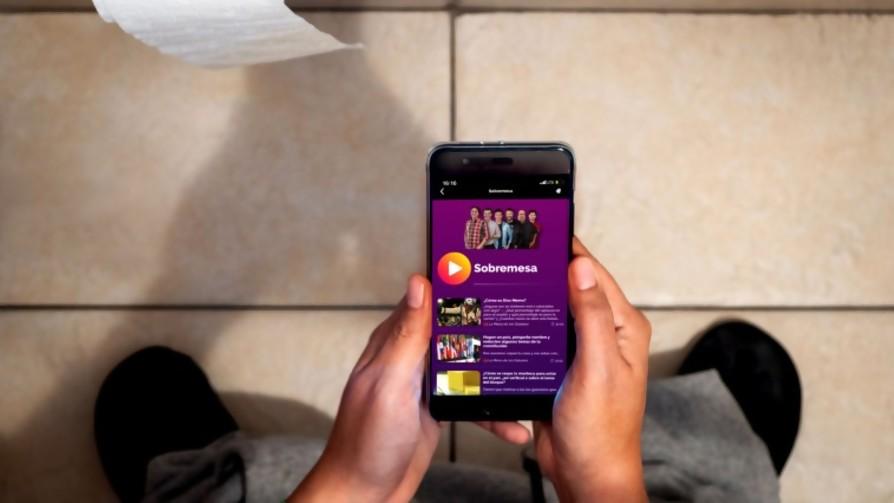 ¿Qué porcentaje de personas van al baño con el celular?  - Sobremesa - La Mesa de los Galanes | DelSol 99.5 FM