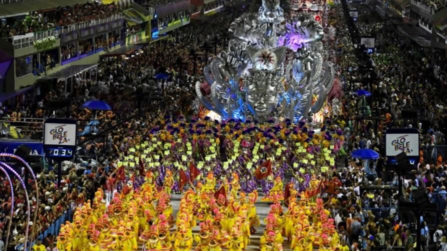 El Carnaval de las críticas y el silencio de Bolsonaro - Denise Mota - No Toquen Nada | DelSol 99.5 FM