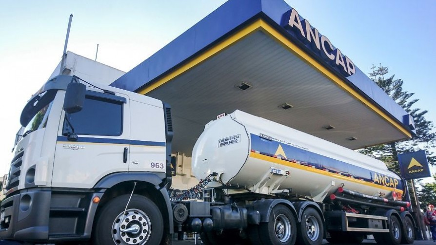 Un crítico de la libre importación de combustibles al frente de ANCAP - Audios - No Toquen Nada   DelSol 99.5 FM