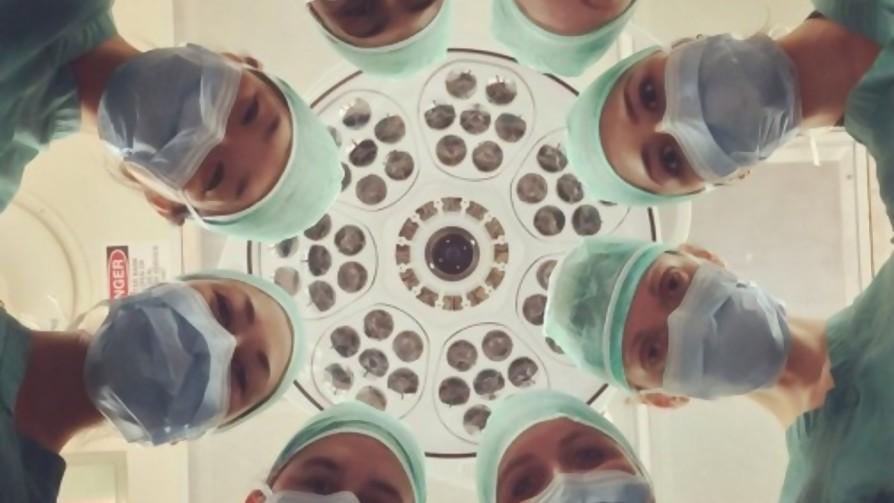 El hospital nos pone pillos - Relatos Salvajes - La Mesa de los Galanes   DelSol 99.5 FM