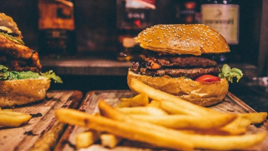 Hay comidas que están destinadas a combinar con otras - La Charla - La Mesa de los Galanes   DelSol 99.5 FM
