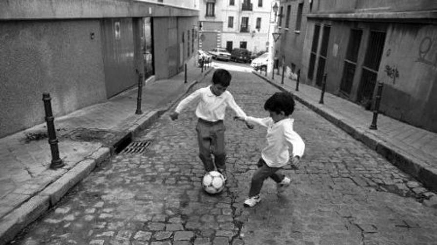 Recuerdos de barrios y de esquinas - Audios - 13a0 | DelSol 99.5 FM