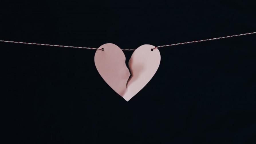 A veces permanece el amor, pero otras en cambio, duele - Solo puñaladas - La Mesa de los Galanes | DelSol 99.5 FM