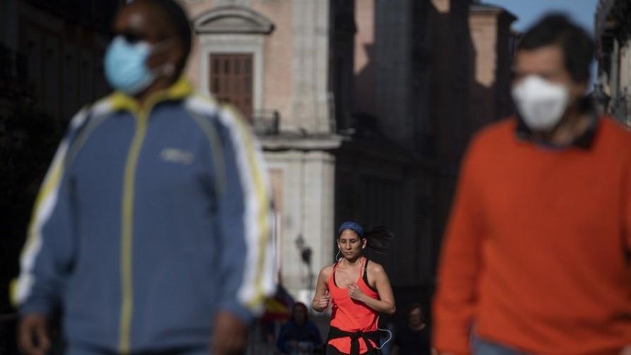 España comenzó la desescalada, al menos en la mitad del país - Carolina Domínguez - Doble Click | DelSol 99.5 FM
