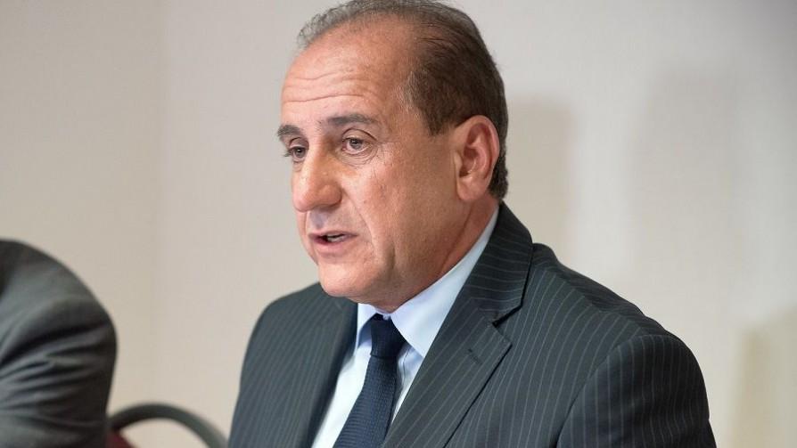 El presidente de la Junasa y sus versiones sobre su actividad privada - Informes - No Toquen Nada | DelSol 99.5 FM