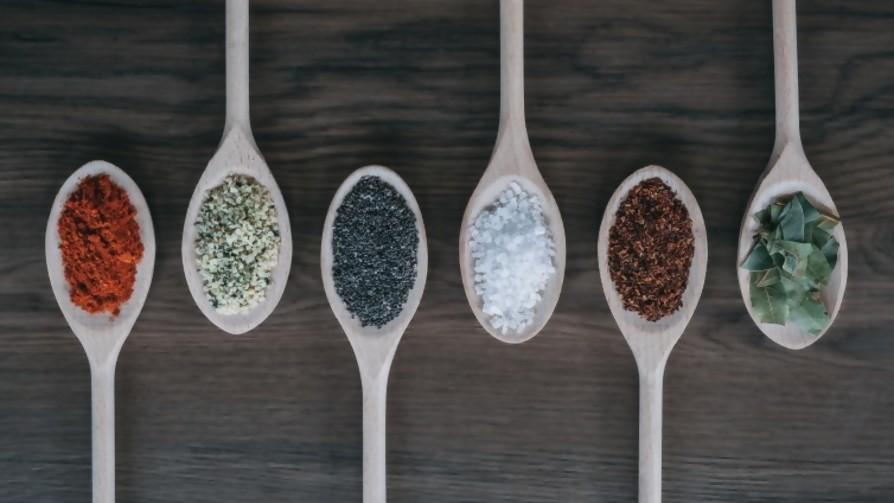 La evolución de las especias (y el curry) - De pinche a cocinero - Facil Desviarse | DelSol 99.5 FM