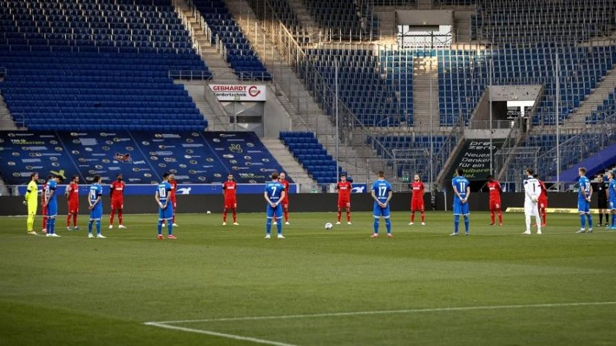 Los detalles de la vuelta al fútbol en Europa - Carolina Domínguez - Doble Click | DelSol 99.5 FM