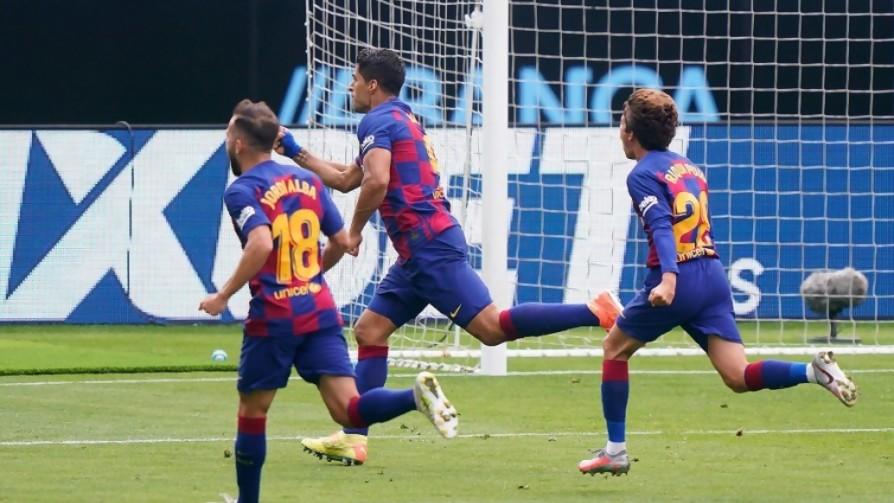 Darwin con los pases en fase 2 y los 400 goles de Suárez - Darwin - Columna Deportiva - No Toquen Nada   DelSol 99.5 FM