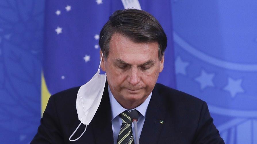 Darwin apuesta por Bolsonaro contra el Covid y ve a Talvi como cadáver político  - Columna de Darwin - No Toquen Nada | DelSol 99.5 FM