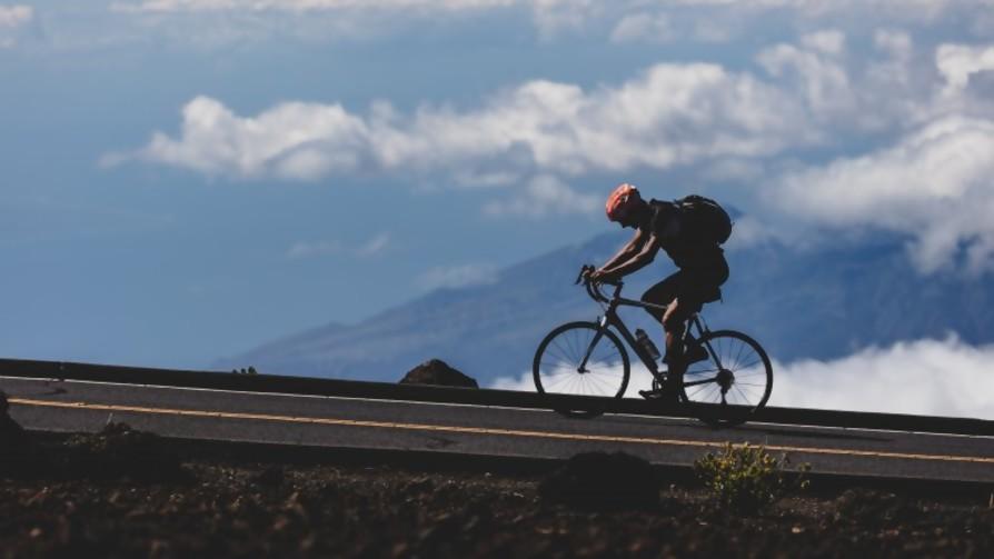 ¿Qué distancia son capaces de recorrer en bicicleta sin bajarse? - Sobremesa - La Mesa de los Galanes | DelSol 99.5 FM