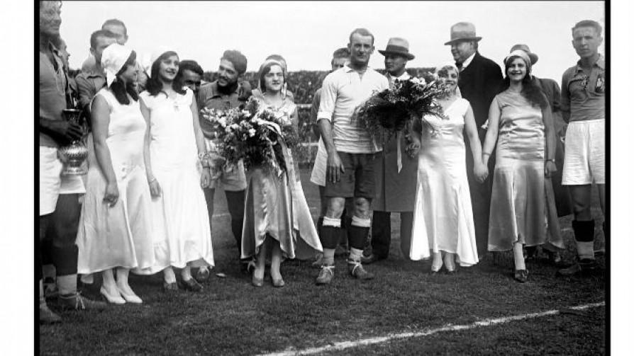 El contexto de Uruguay para organizar el Mundial de 1930 - Entrevistas - 13a0 | DelSol 99.5 FM