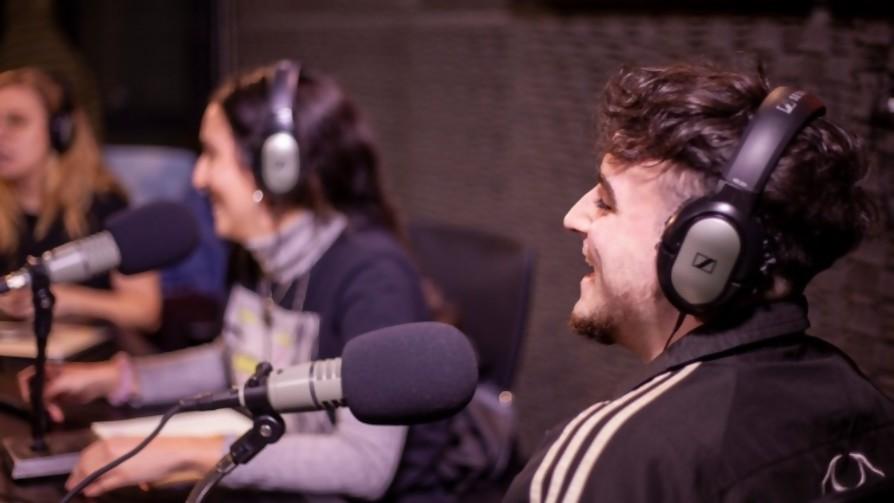 Un Spektro en casa - Audios - Pueblo Fantasma | DelSol 99.5 FM