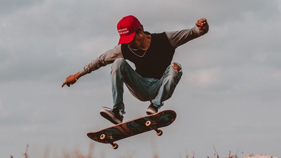 ¿Hay edad para andar en skate o ser gamer? - Sobremesa - La Mesa de los Galanes | DelSol 99.5 FM