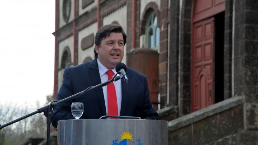 Peña llega a un ministerio inventado por un político que ya no existe y el cruce Di Candia con Giannina Silva - Columna de Darwin - No Toquen Nada   DelSol 99.5 FM