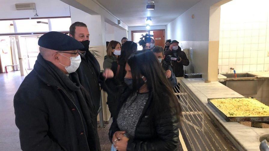 Guardia policial en dos comedores del INDA  - Entrevistas - Doble Click | DelSol 99.5 FM