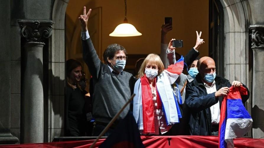 Análisis forense del cadáver político de Martínez y la postura corporal de Cosse en el balcón - Columna de Darwin - No Toquen Nada | DelSol 99.5 FM