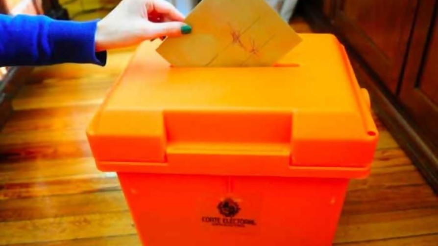Departamenteame tu voto - Tape travieso - Pueblo Fantasma | DelSol 99.5 FM