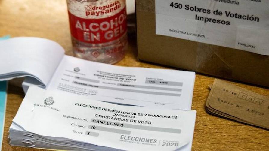 Elecciones, samba y Suárez - Entrada en calor - 13a0 | DelSol 99.5 FM