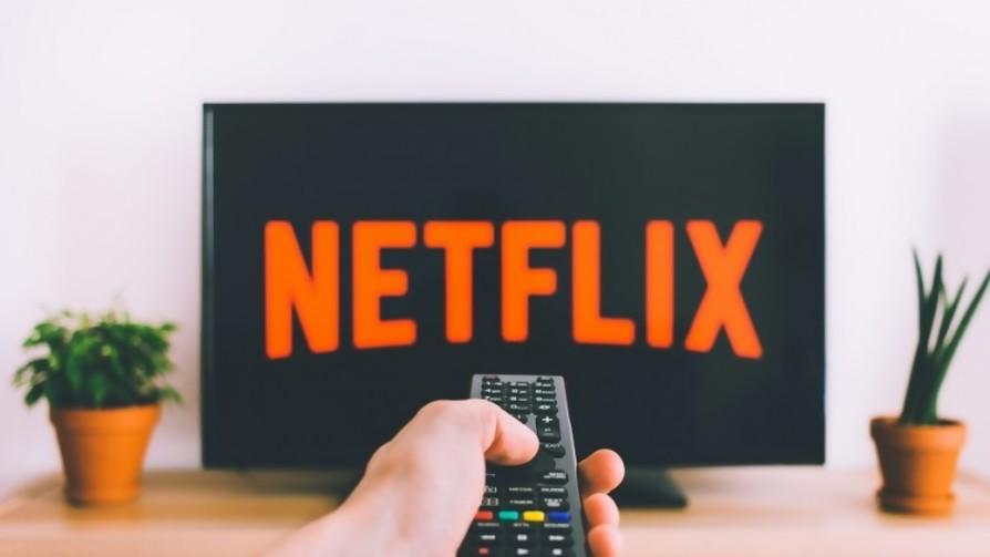 ¿Cuánto demoran en ver el contenido que tiene Netflix? - Sobremesa - La Mesa de los Galanes | DelSol 99.5 FM