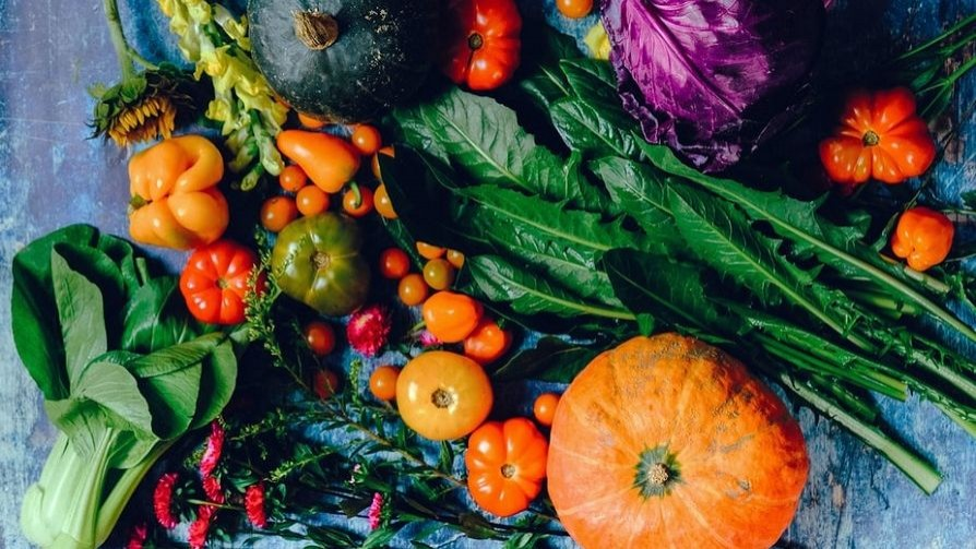 Frutas y verduras para prevenir el cáncer de mama, ni más ni menos - Luciana Lasus - Doble Click | DelSol 99.5 FM