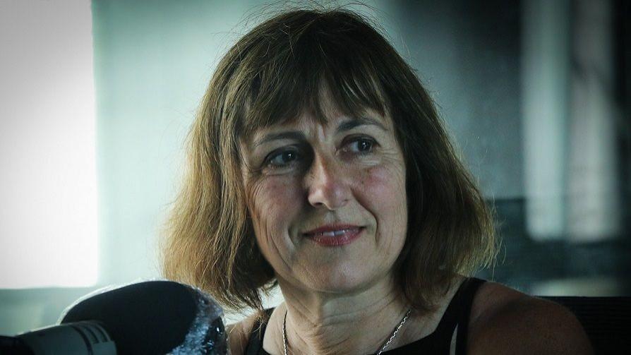 "Mercedes Estramil y su novela ""Mordida"" en un Cacho de Cultura - Un cacho de cultura - Quién te Dice | DelSol 99.5 FM"