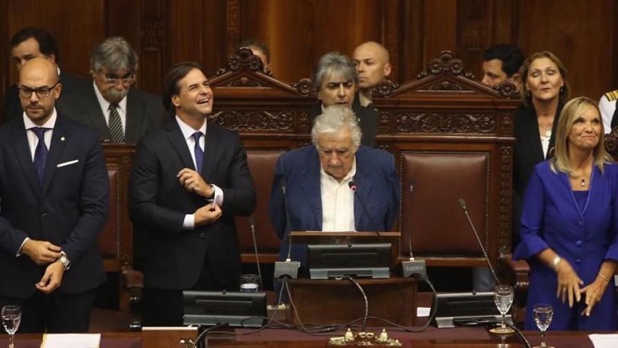 El cruce entre Lacalle Pou y Mujica, y la columna de Pedro Ravela tras fin de cursos  - NTN Concentrado - No Toquen Nada | DelSol 99.5 FM