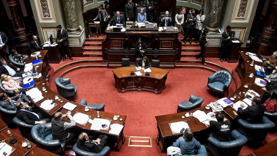 Ley de teletrabajo: la discusión sobre el límite de la jornada laboral - Informes - No Toquen Nada | DelSol 99.5 FM