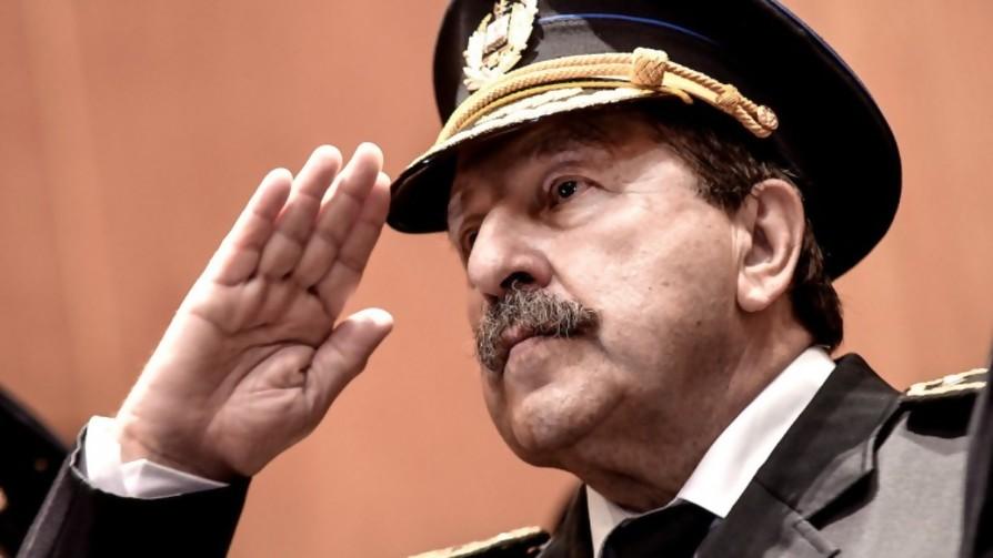 La destitución del jefe de policía de Montevideo: el cómo y el por qué - Audios - Facil Desviarse | DelSol 99.5 FM