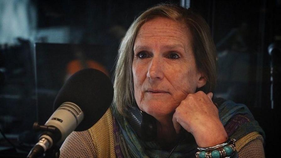 La vida de Silvia Pérez, el tiempo que culpó a su padre y lo que entendió de la muerte de su madre - Charlemos de vos - Abran Cancha | DelSol 99.5 FM