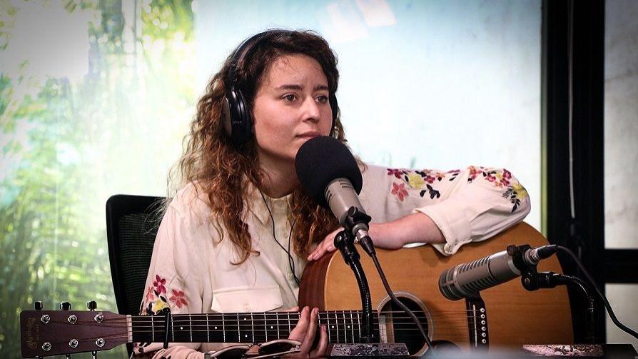 Florencia Núñez, todas las quiere cantar - Hoy nos dice - Quién te Dice   DelSol 99.5 FM