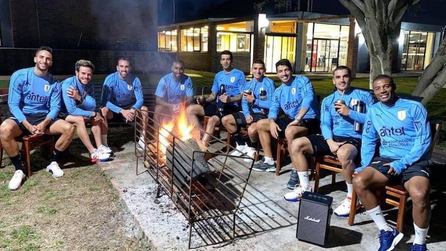 Los brotes de Covid-19 en la selección uruguaya - Entrada en calor - 13a0 | DelSol 99.5 FM