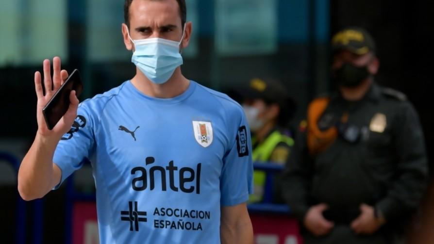 Gol en contra  - Tape travieso - Pueblo Fantasma | DelSol 99.5 FM