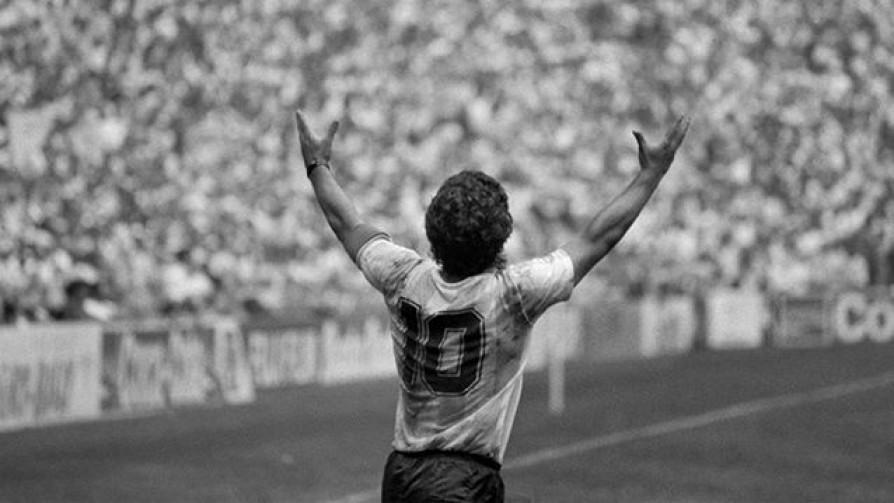 El adiós a Maradona - Informes - 13a0 | DelSol 99.5 FM