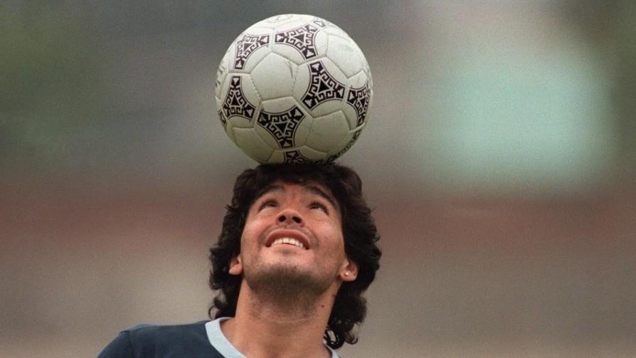 Los homenajes en vida a Maradona y la noche en la que se comió un pollo entero - Facundo Pastor - No Toquen Nada | DelSol 99.5 FM