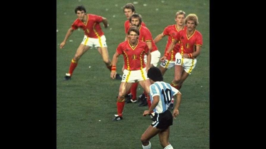 Las imágenes conscientes que dejó Diego Maradona  - Leo Barizzoni - No Toquen Nada | DelSol 99.5 FM